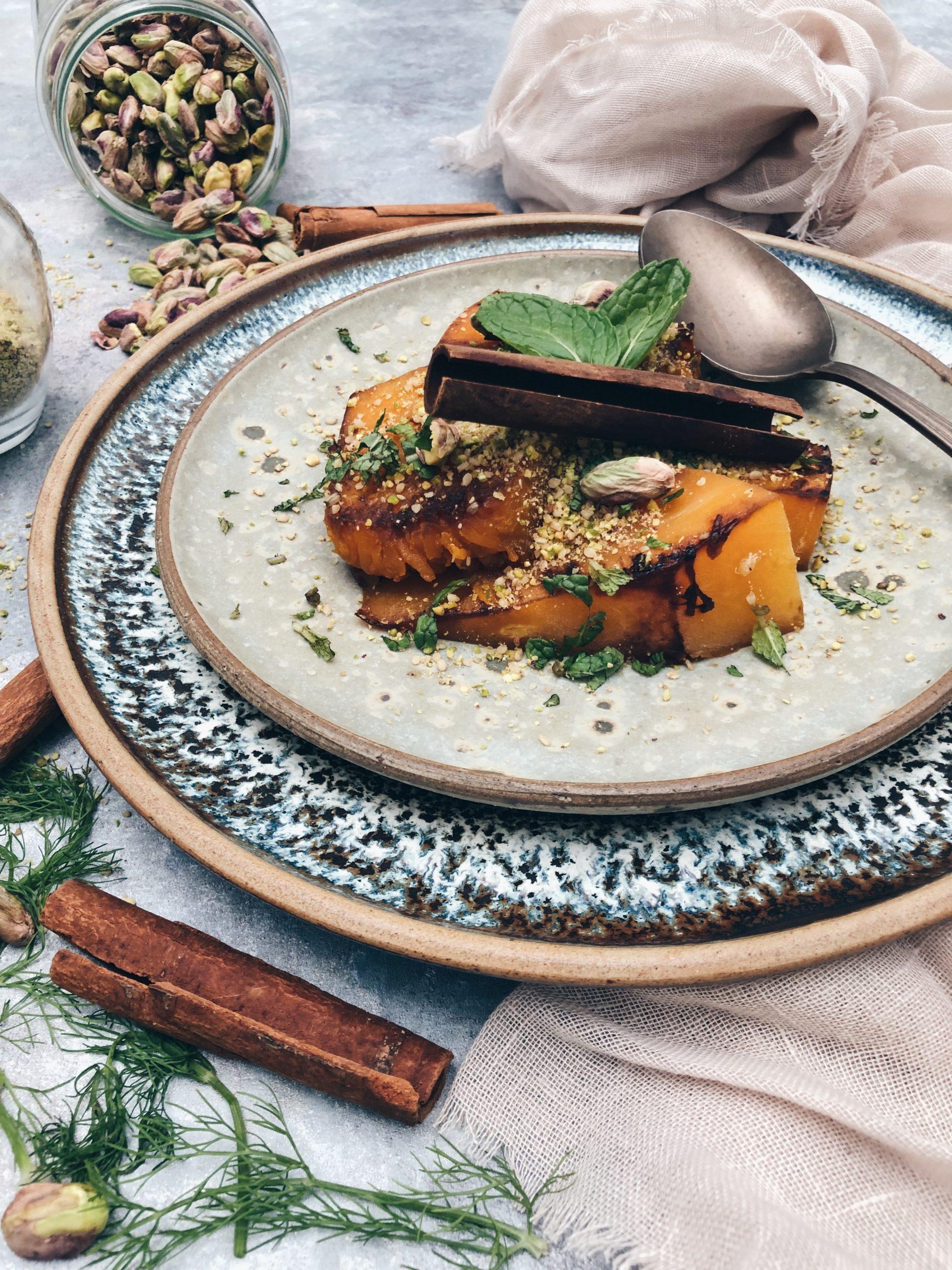 calabaza especiada con dukkah de pistachos